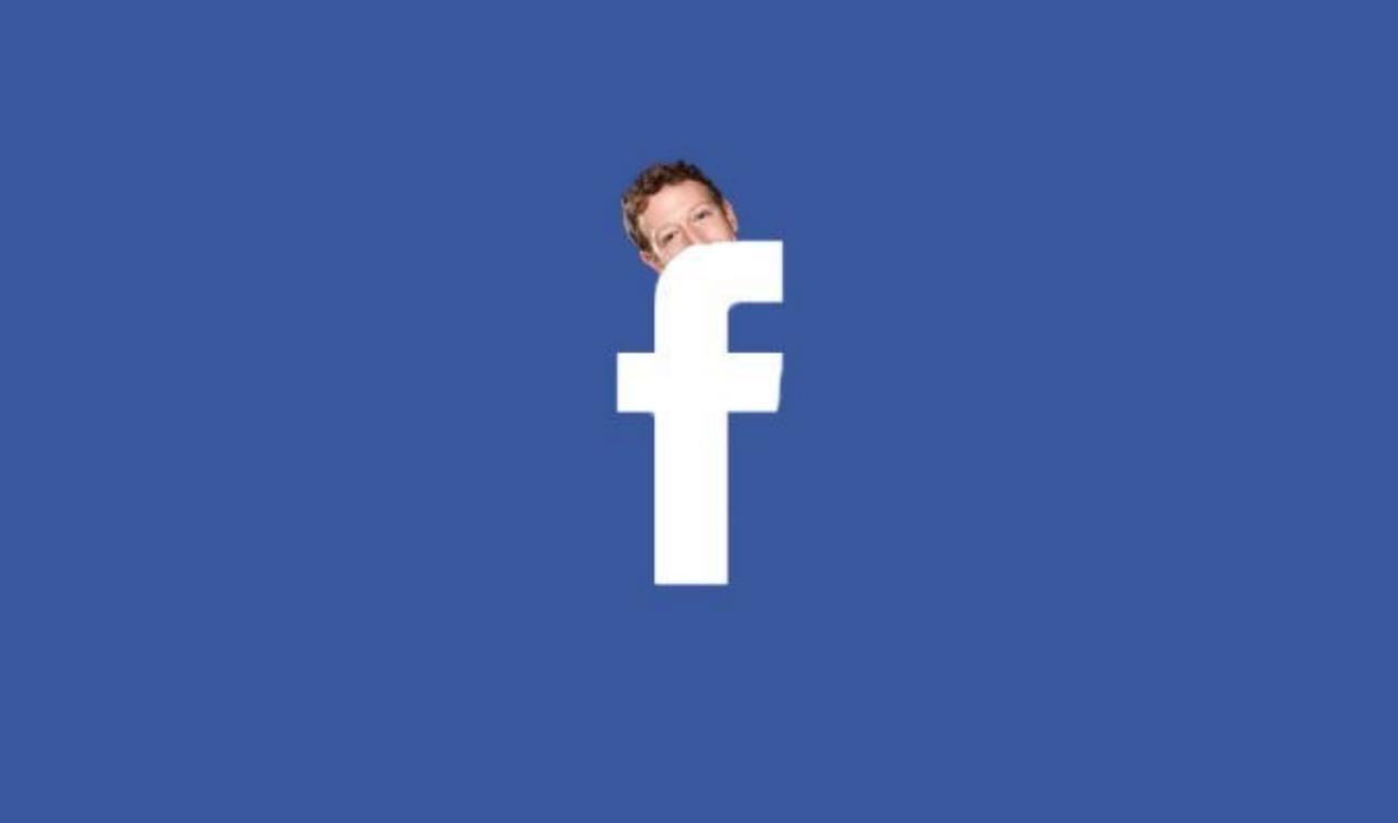 فيسبوك يتجسس علينا !!! ويفتح الكامرة سراً على نظام IOS ومتحدثها الرسمي يرد